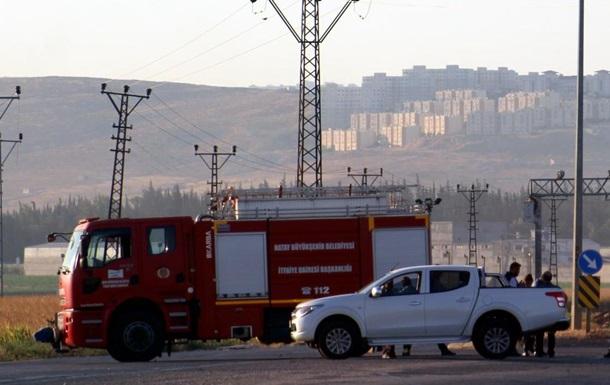В Турции начались взрывы на складе боеприпасов