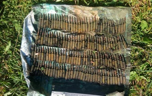 У Харківській області на березі ставка знайшли боєприпаси