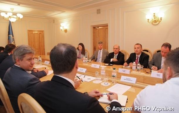 Представники РНБО і США обговорили реформу оборонного комплексу