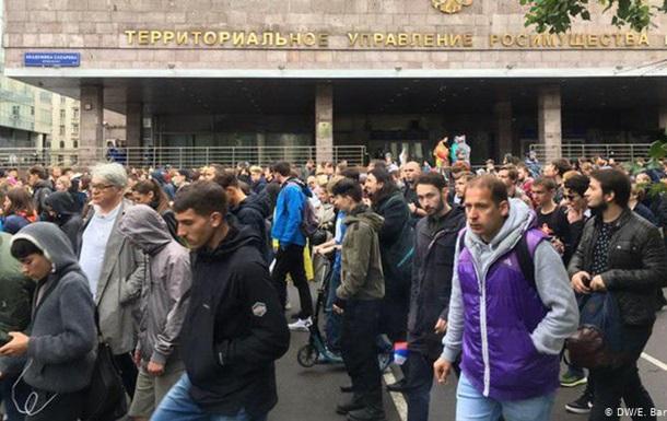 Акцію протесту в Москві продовжили несанкціонованими  гуляннями