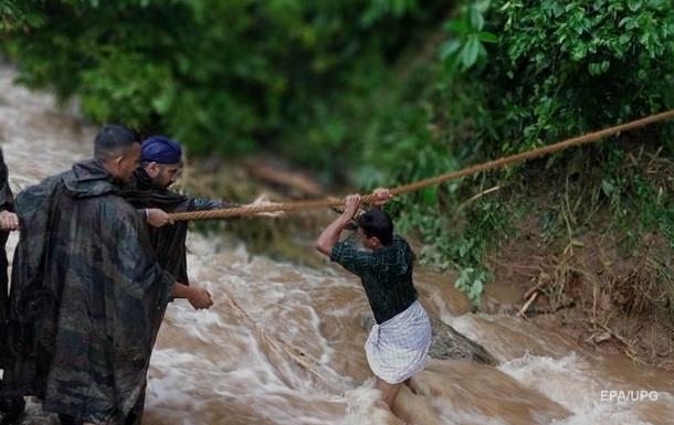 Жертвами повеней в Індії стали більше 100 людей