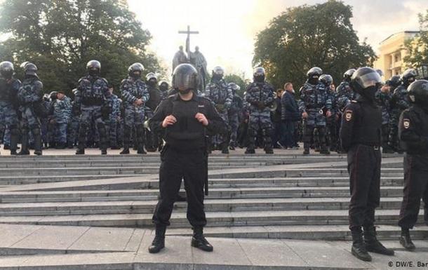 Протести у Росії: затримано 325 мітингарів
