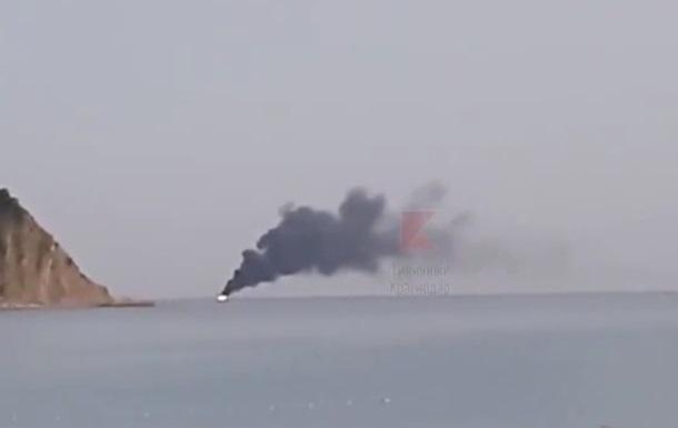 У Чорному морі згоріло російське судно