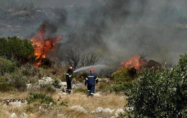 На Канарських островах і у Греції вирують лісові пожежі