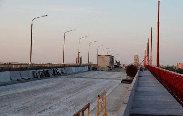Прокуратура взялася за міст, через який посперечалися Зеленський і Філатов
