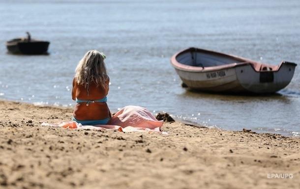 На всех киевских пляжах не рекомендуют купаться
