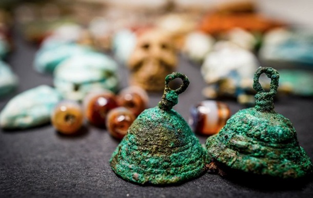Драгоценности ведьмы  обнаружили в Помпеях