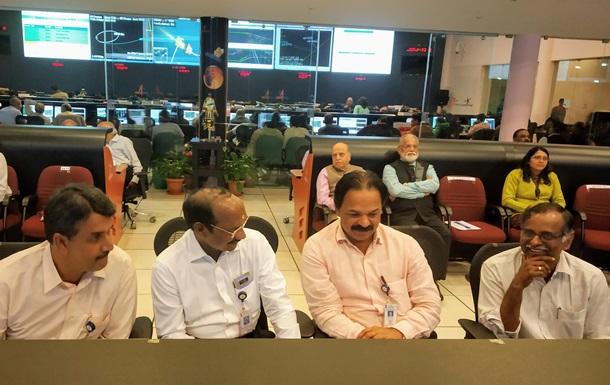 Индийская космическая станция отправилась с орбиты Земли к Луне