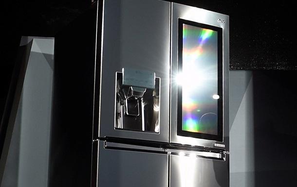В США ребенок, у которого отобрали гаджеты, вошел в Twitter с холодильника