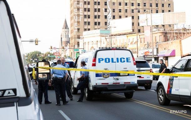 Стрілок з Філадельфії здався поліції