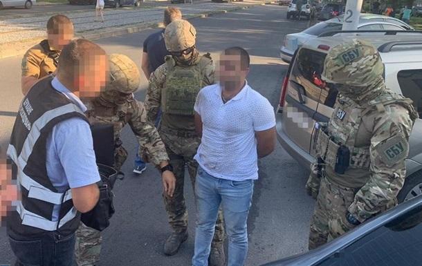Поліцейський планував замовне вбивство жителя Запоріжжя