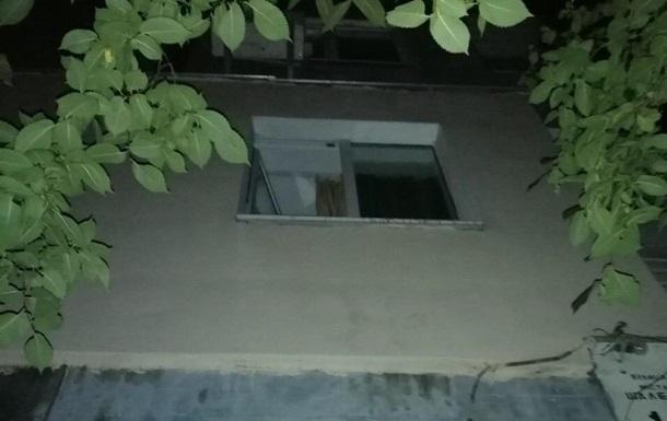 У Києві злодій вистрибнув з вікна і був спійманий поліцією