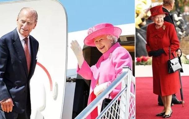 ЗМІ розповіли, що зберігає у своїй сумці Єлизавета II