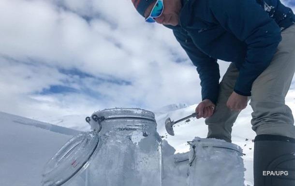 Частицы пластика нашли в арктическом снегу