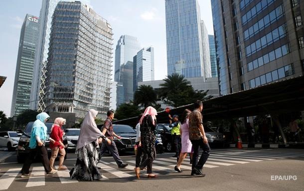 Президент Индонезии официально предложил перенести столицу