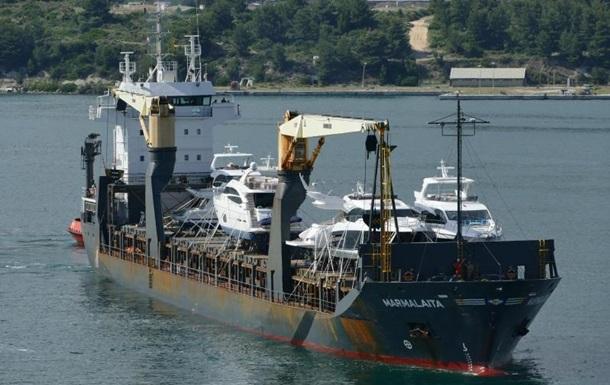 У берегов Африки захватили судно с украинскими моряками