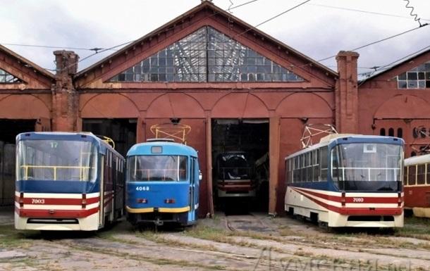 В Одесі через пожежу знеструмлено трамвайне депо