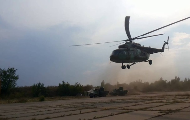 Во Львовской области при взлете упал вертолет
