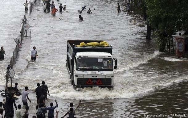 Через мусони в Індії загинули вже понад тисячу людей