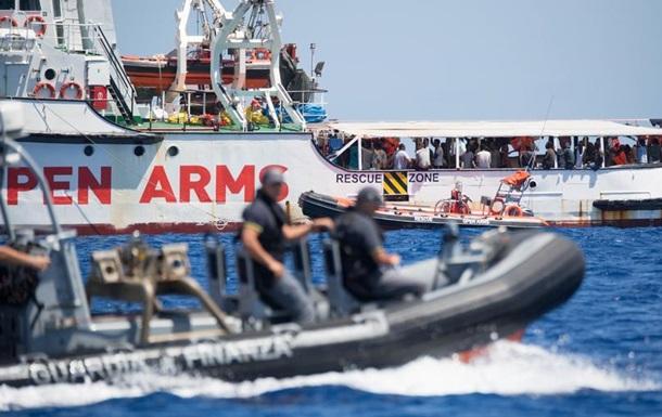 Іспанія готова прийняти судно Open Arms з мігрантами на борту