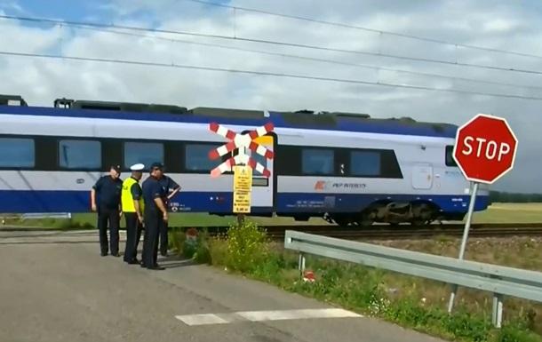 У Польщі жінку з дітьми збили два поїзди