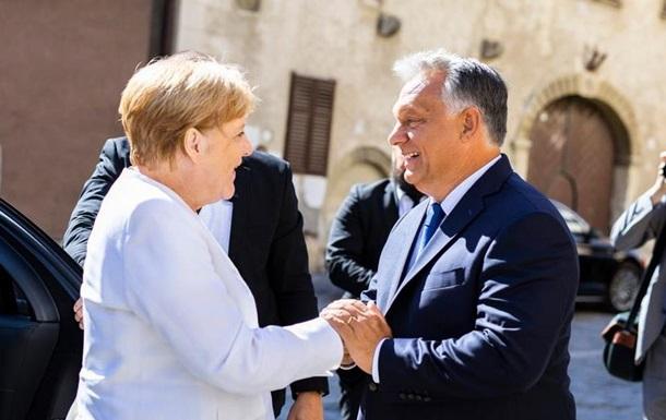 Прем єр Угорщини Орбан назвав єдність Європи  незавершеною