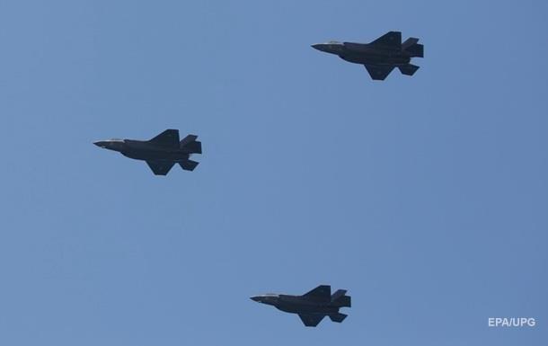 Израильские военные случайно обстреляли свой самолет