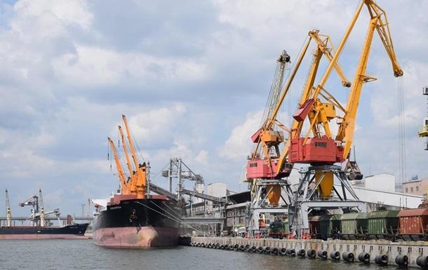 В порту Николаева погиб рабочий