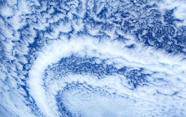 Астронавт сделал завораживающие фото Земли с МКС