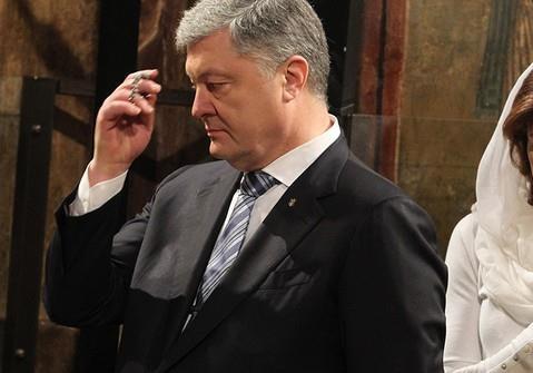 По барабану: Порошенко не явился на День независимости Украины