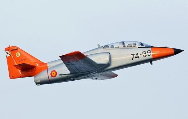 Испанский военный самолет упал в Средиземное море