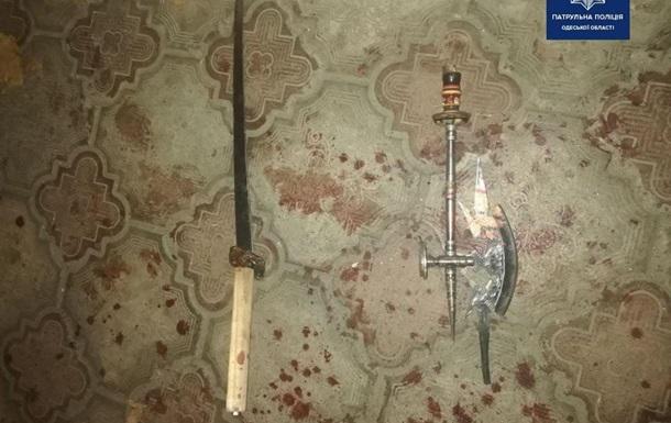 В Одесі охоронець санаторію з мечем бився з групою хлопців