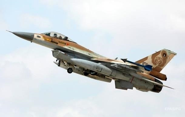 Израильский самолет нанес удар по объекту ХАМАС