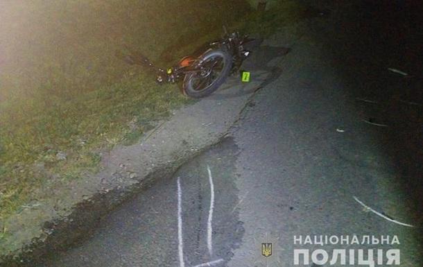 Смертельна ДТП на Тернопільщині: авто збило мотоцикл з подружжям