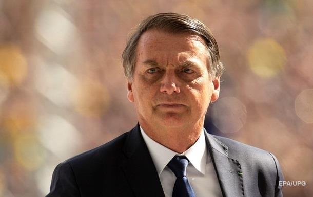 Президент Бразилии потребовал извинений от Макрона
