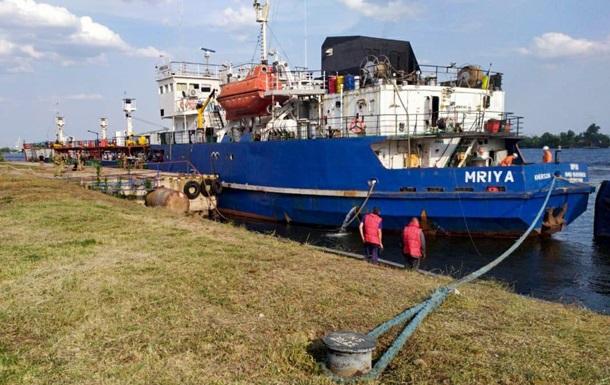 Поставлявшее топливо для ЧФ РФ судно доставлено в порт Херсона
