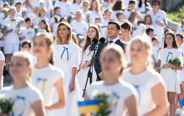 Украинцы оценили 100 дней власти Зеленского