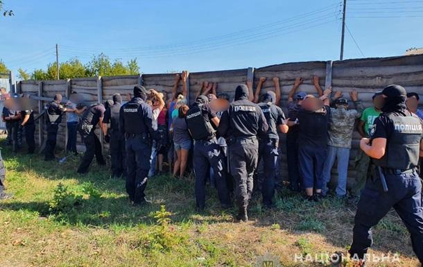 У Харківській області затримали людей, які напали на журналістів