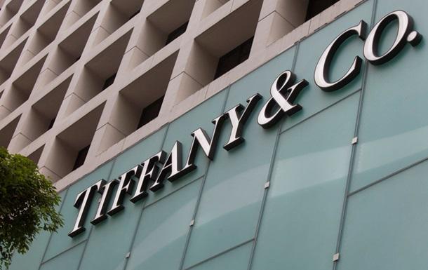Протесты в Гонконге: Tiffany пожаловалась на убытки