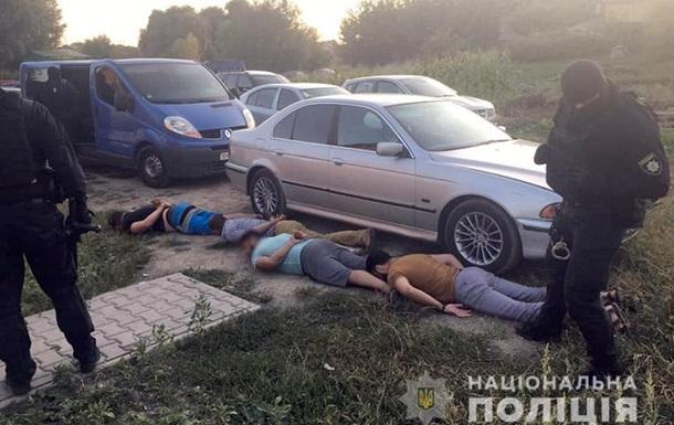 В Хмельницком на сходке авторитетов задержаны 19 человек