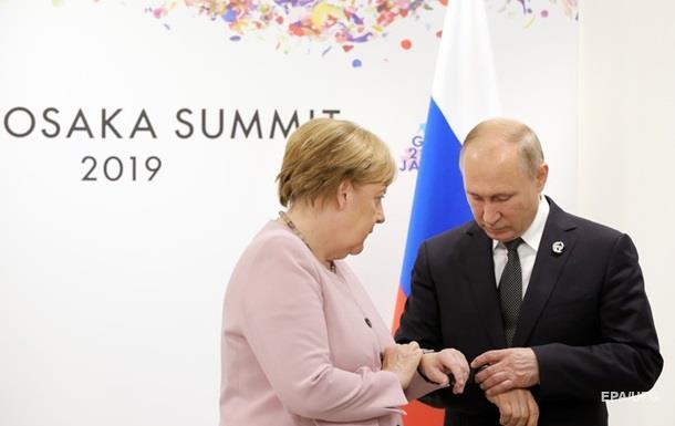 Меркель после Зеленского поговорила с Путиным