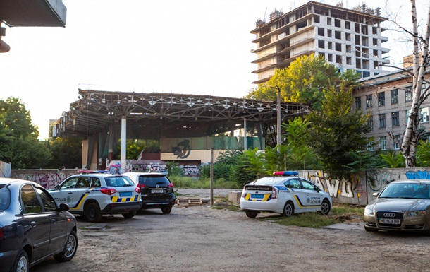 У центрі Дніпра знайшли труп жінки без голови