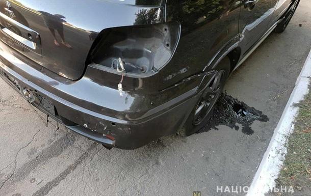 Авто полицейского чиновника взорвали на Днепропетровщине