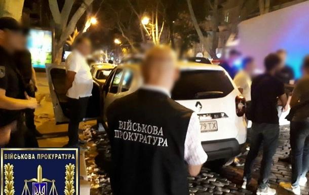 Працівників Укрзалізниці зловили на хабарі в 200 тис грн