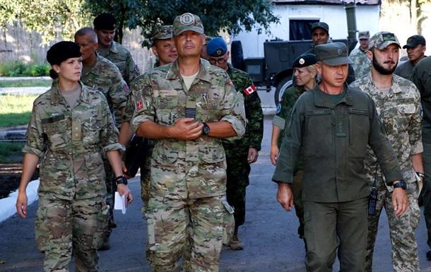 Военные из трех стран приехали в зону ООС