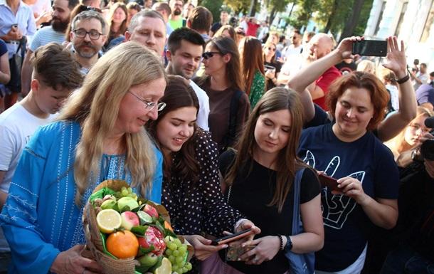 Под зданием Минздрава прошел митинг благодарности Ульяне Супрун