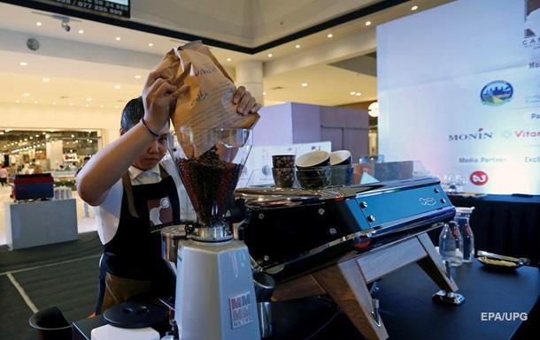 Вчені спростували міф про те, що кава призводить до зневоднення
