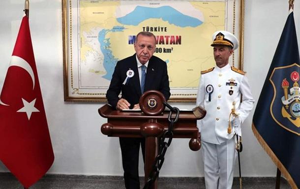 Эрдоган снялся на фоне карты, где греческие острова  принадлежат  Турции
