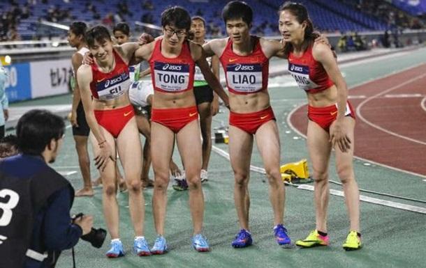 Китайських легкоатлеток запідозрили в тому, що вони чоловіки