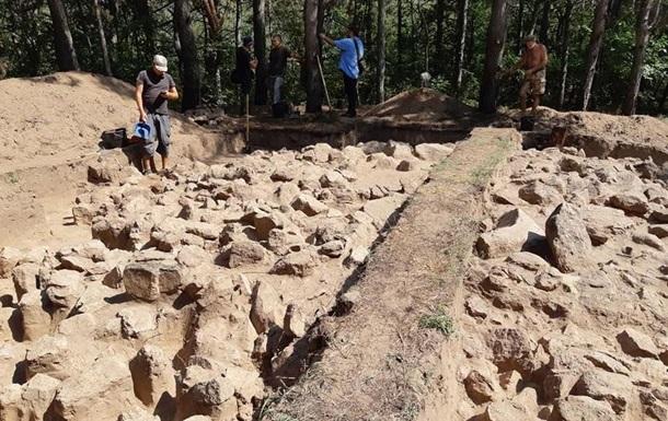 На Хортиці виявили давнє святилище, якому п ять тисяч років